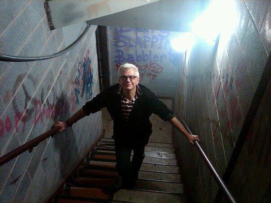 Kim-ida-green-stairwell-550
